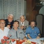 1996 - Sjezd v Ž. Brodě - spolužáci sklářští výtvarníci (shora vpravo): JR, P. Ježek, J. Svoboda, B. Eliáš a sochař V. Tůma